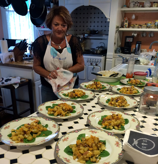 Ellen cooking innkeeper coppersmith inn - What to do, see, eat and explore while in Galveston, TX   oldworldnew.us