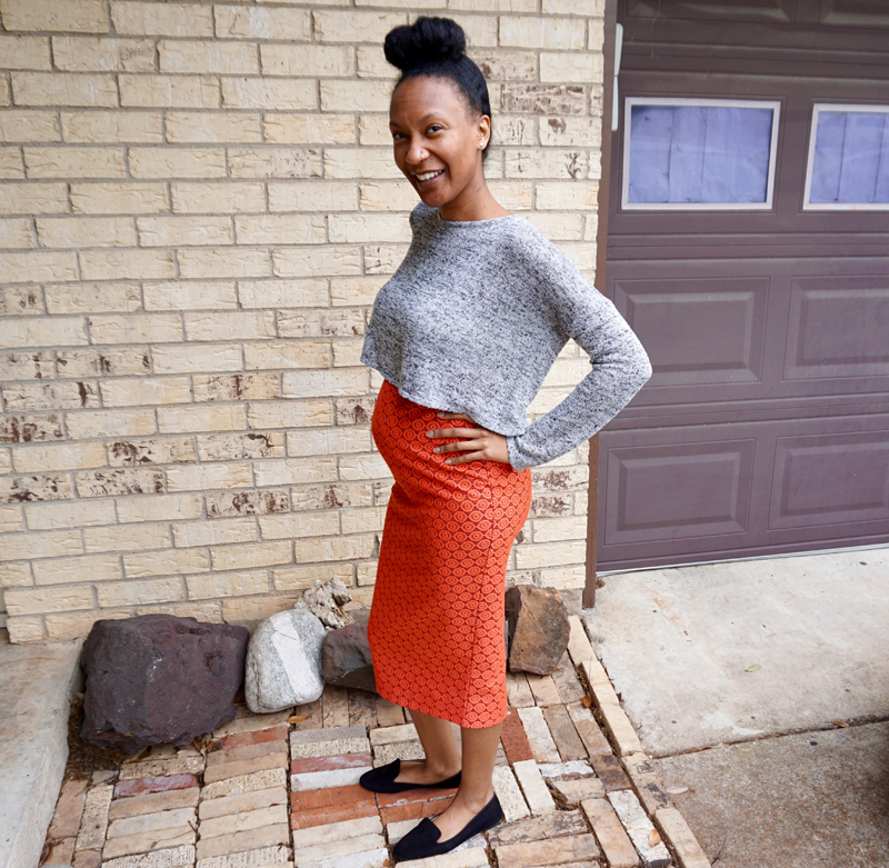 pencil skirt while pregnant 1