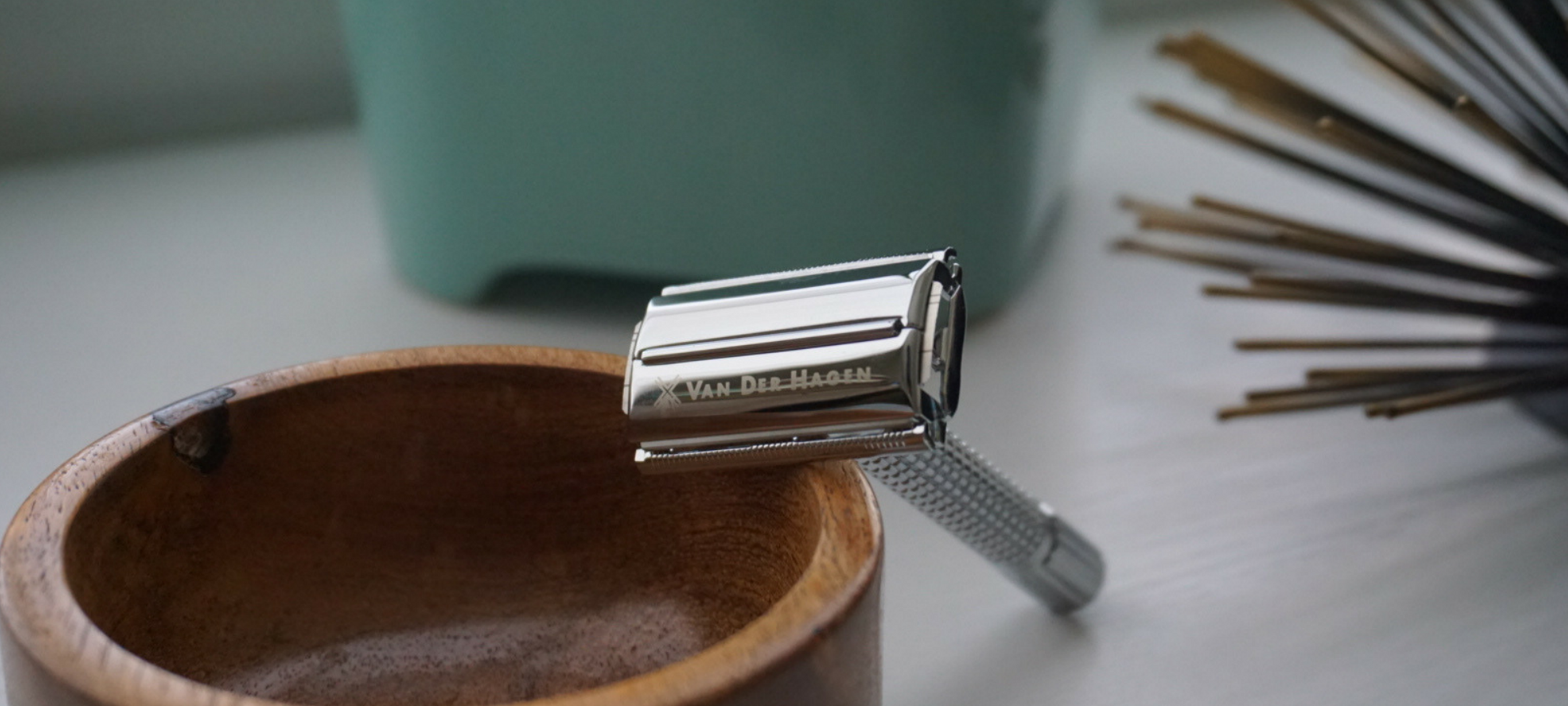 safety razor - Old World New sustainable living tips