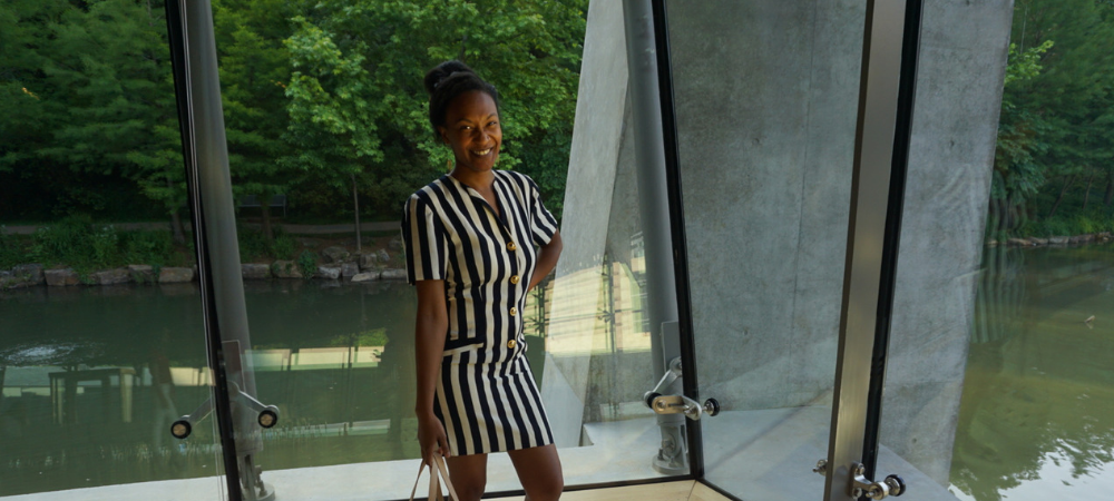 vintage 80s striped dress at crystal bridges museum