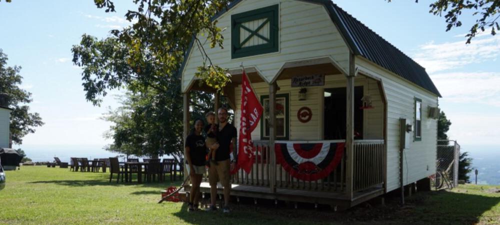 razorback ridge airbnb at mount nebo state park in the Ozarks in Arkansas