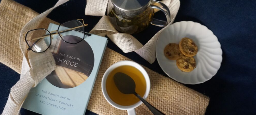 arbor teas - organic tea and a good book to read