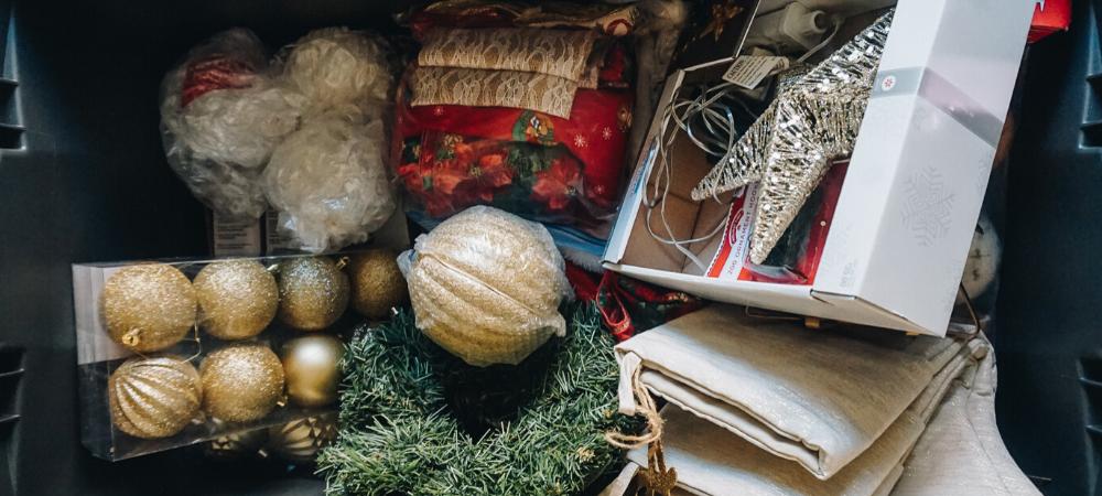sustainable vintage Christmas decor