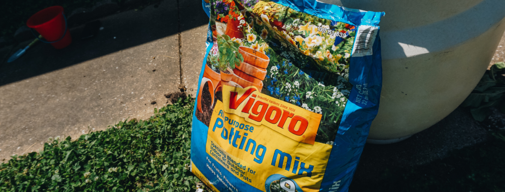 buy potting soil - vigoro at the home depot